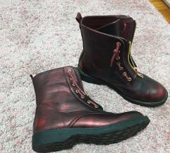 Čizme, par puta obuvene