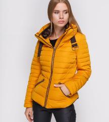 **ZARA** zimska žuta jakna