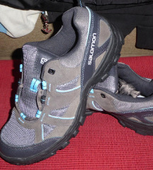 Nove Salomon contra grip treking patike