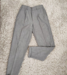 Bershka nove pantalone