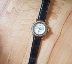 Razni modeli zenskih satova