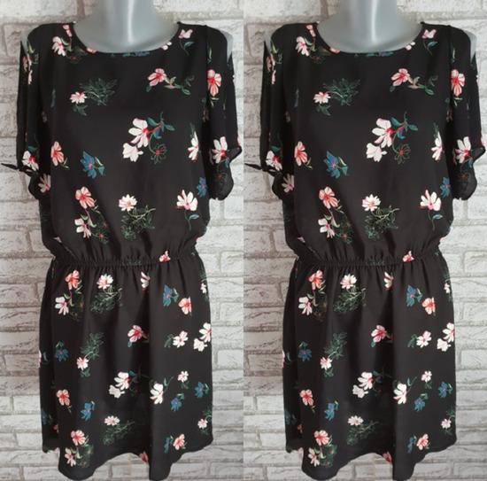 NOVA Crna cvetna haljina sa etiketom