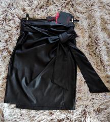 Nova,Kozna suknja sa velikom mašnom