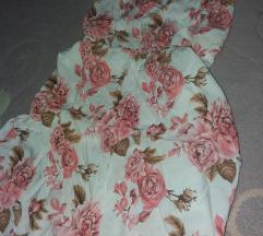 Nova haljinica sa etiketom