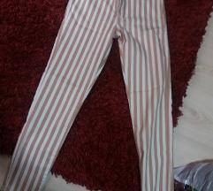 Pantalone na pruge NOVO