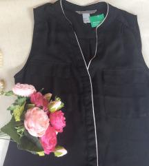 H&M conscious crna bluza sa belim