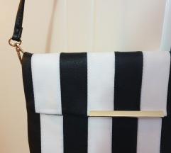 Nova crno-bela torbica