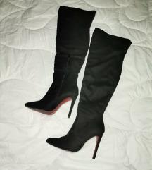 crne duge cizme iznad kolena 38
