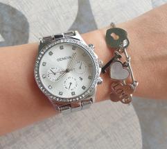 Geneva sat sa datumom