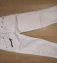 Zara pantalone snizene