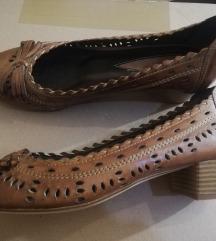 Paar kožne cipele 37