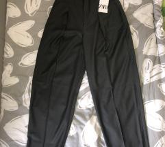 Zara pantalone -S! SA ETIKETOM!