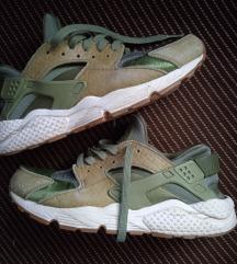 Nike huarache patike br 40