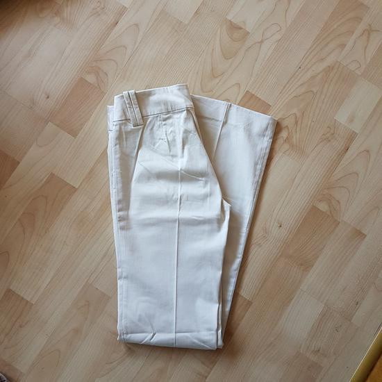 Zara klasicne pantalone 36
