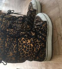 Tigraste cizme