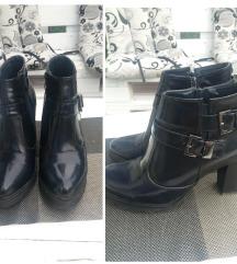 Crne cipele prelepe