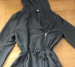 H&M nova jaknica maslinasta!