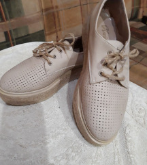 Bež letnje cipele