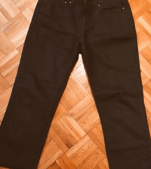 Levis crne pantalone