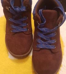 Osh Kosh cipelice. Br. 28, ug. 18 cm