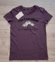 Pull&Bear majica nova sa etiketom