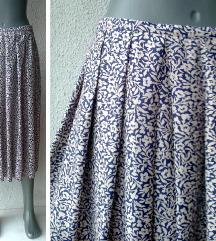 suknja na falte broj 48 ili 50