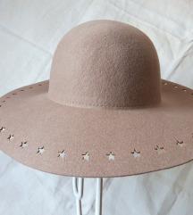 Nude šešir Esprit