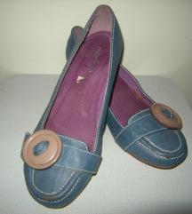 Mia cipele