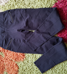 Bershka crne pantalone