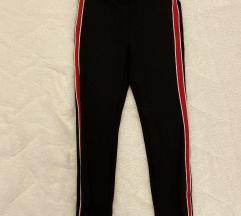 Zara pantalone sa crvenom štraftom - jednom nošene