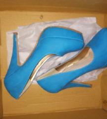 Plave štikle + plava haljina