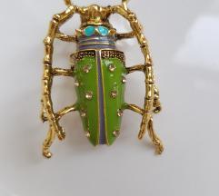 Broš insekt strizibuba