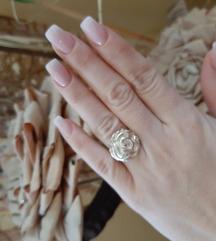 Rasprodaja!Srebrni prsten