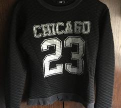 Black Chicago dukserica