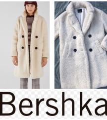 Rezz%Bershka Teddy kaput%