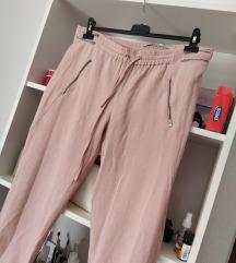 Zara puder roze letnje jogging pantalone