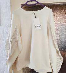 Zara duks novi sa etiketom beli sa puf rukavima