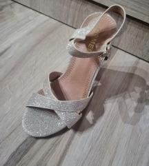 Sandale broj 35