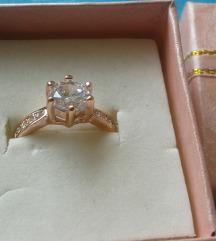 18K Roze pozlata prsten sa cirkonima NOVO