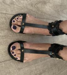 Prelepe sandale ravne crne