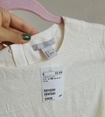 H&M bluza sa etiketom