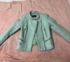 SNIZENJE Bershka kozna jakna