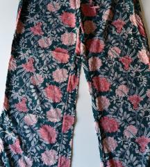 Kvalitetne letnje Tchibo pantalone