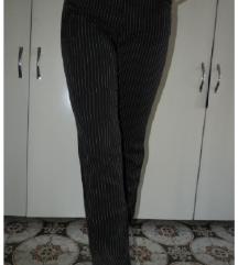 Pepe Jeans pantalone sa prugicama