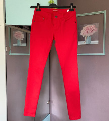 Terranova intezivno crvene pantalone/farmerice