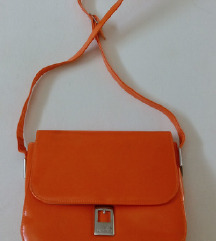 Narandzasta torbica