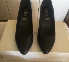 👠Kozne cipele na stiklu crne boje👠