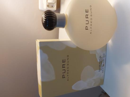 Alfred sung Pure nov parfem