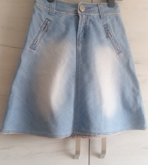 A suknja  *