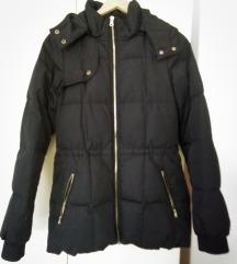 Crna jakna za jesen